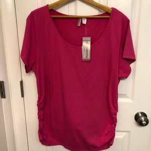 🆕 Hot Pink Maternity Top Size 2X